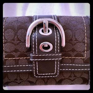 Coach classic brown TriFold Wallet